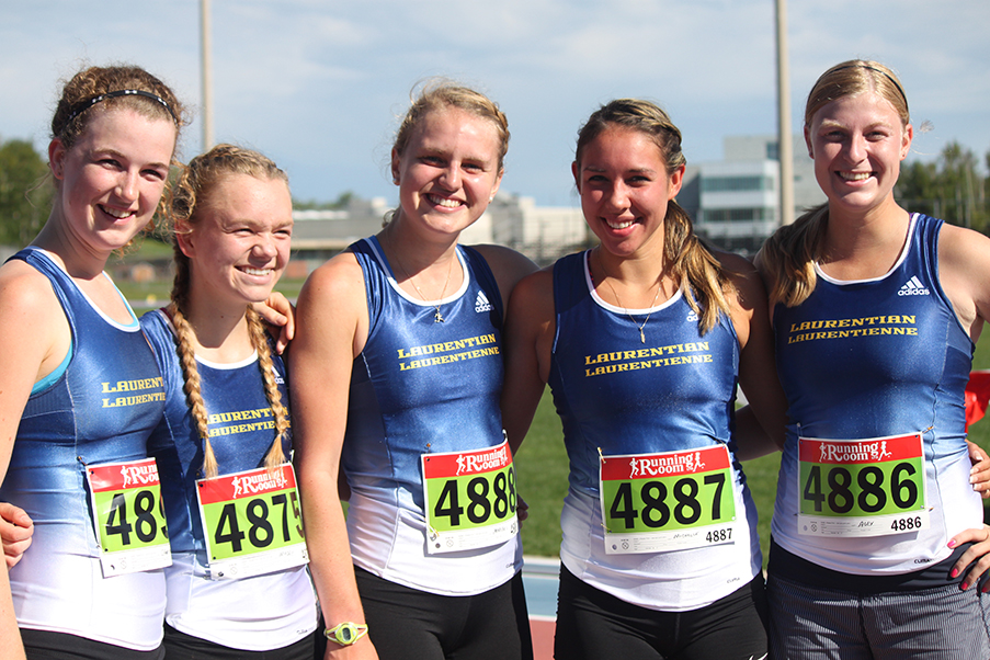 Laurentian women's cross country runners at the Ramsey Tour 2014. Photo supplied.